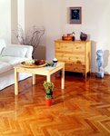 Naturalna odporność drewna i lakier gwarantują wysokie właściwości użytkowe.jpg
