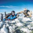 50 niezwykłych, charytatywnych skoków spadochronowych w jeden dzień!
