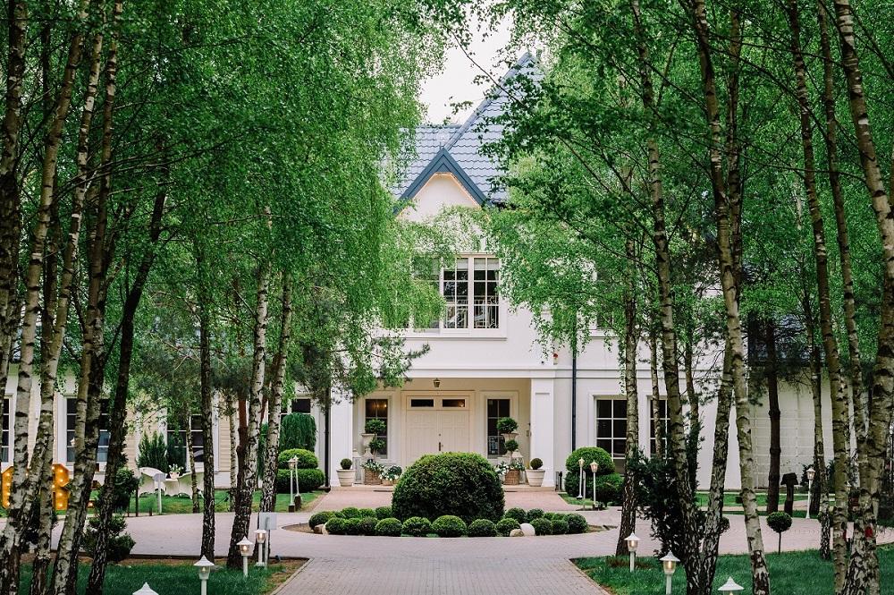 Piękne wnętrza i co jeszcze? Trudny wybór miejsca na wesele